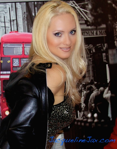 Jacqueline_Jax_AVA_live_Radio_A copy